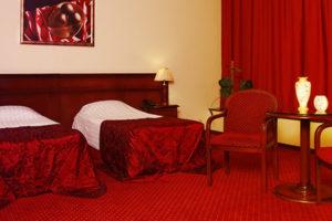Номера с раздельными кроватями в гостинице Red Royal Hotel в центре Краснодара рядом с Красной
